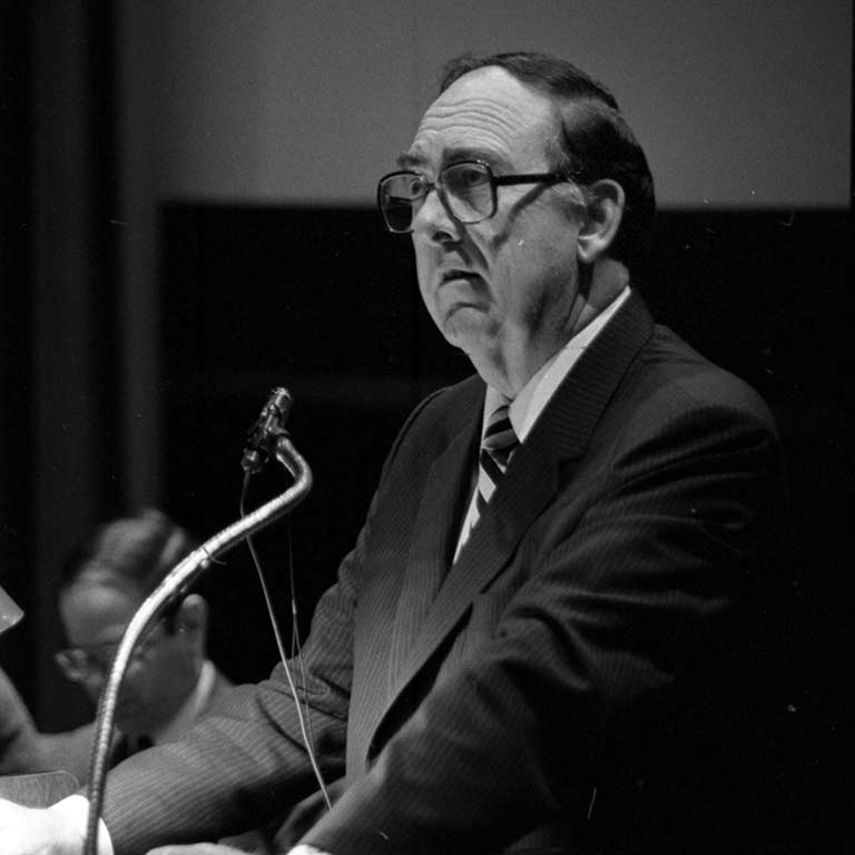 Former Chancellor Glenn Irwin delivers the State of the Campus address in 1982.